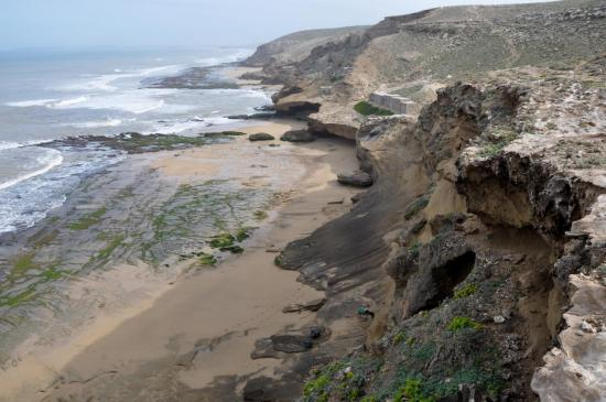 Les falaises avant l'arrivée à Sidi M'Bark