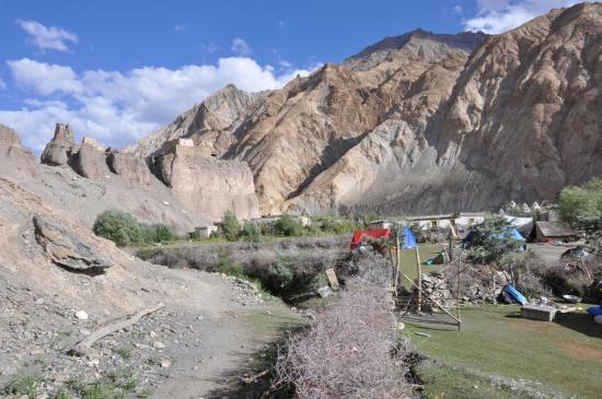 Remontée de la vallée de la Markha (Markha village)