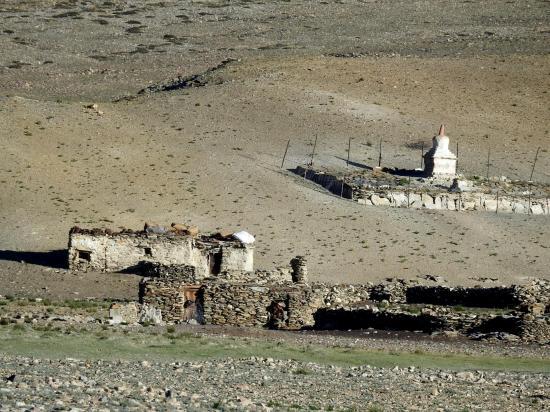 Le village abandonné d'Ulli sur les pentes S du Chagarchan