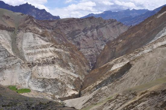 Entre Lingshed et Yulchung, la gorge de Kyumpata