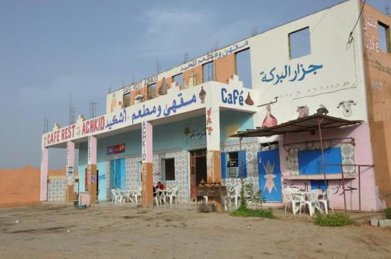 Bagdad café à Timezgadiouine