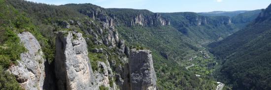 En haut des gorges de la Jonte entre Aveyron et Lozère
