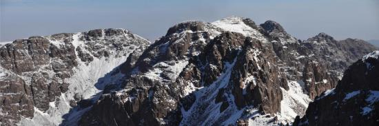 Panorama depuis le sommet du Ras Ouanoukrim (Tazaghart, Afella, Biguinoussène et Aguelzim)