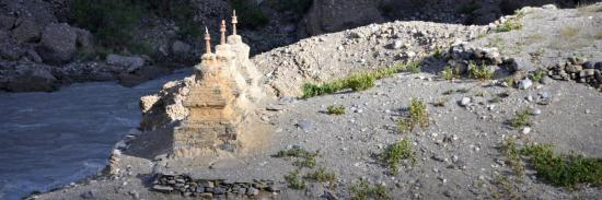 Rigzum gönpo au petit matin à Satok (vallée de la Tsarap Chu - Ladakh)