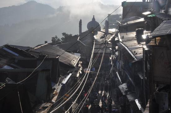 Shimla : la ville basse.