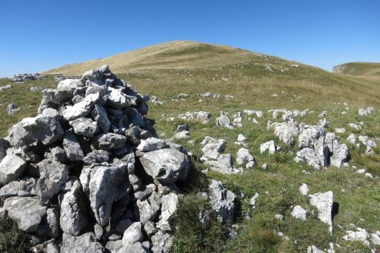 Le plateau sommital du Roc de Toulau