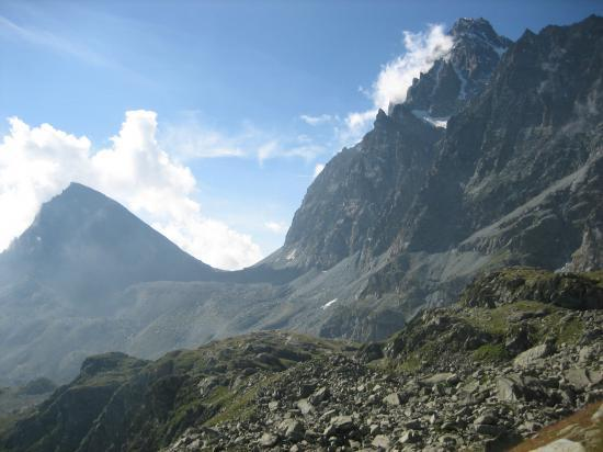 Le Monte Viso et le Visolotto depuis le chemin du Lagho Superiore
