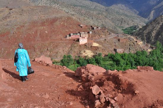 En remontant la vallée des Azzaden (Id Aïssa)