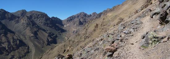 Le somptueux cirque de montagnes du massif du Toubkal