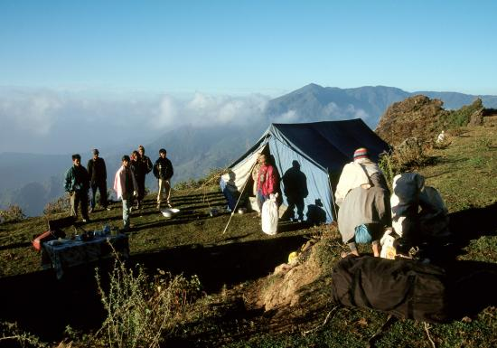 Camp au-dessus de Bhalche