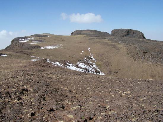 Les sommets N et S de l'Angour (3616m)