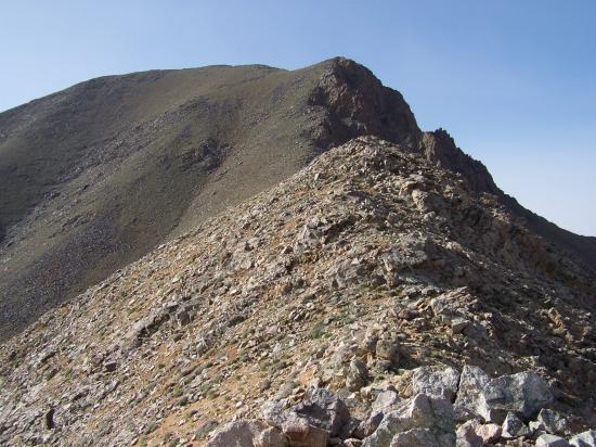 A quelques encablures du sommet de l'adrar Meltsène