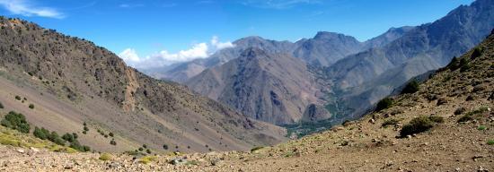 La vallée d'Imlil vue depuis le tizi Mzic