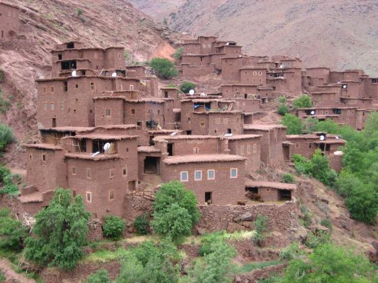 Le village parabolique de Megdaz