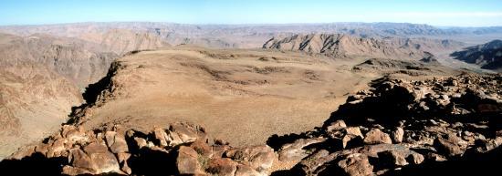 Le plateau entre Irtem et Tagragra