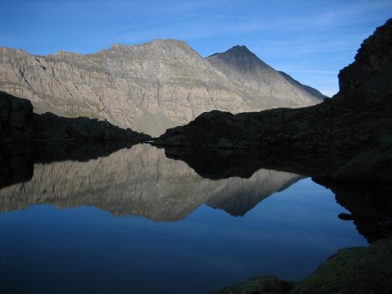 Le lac de Porcieroles de bon matin