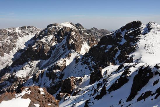 Au sommet du Timesguida Ouanoukrim