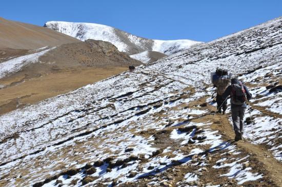 Entre Luri gopa et Gyuma Thanti