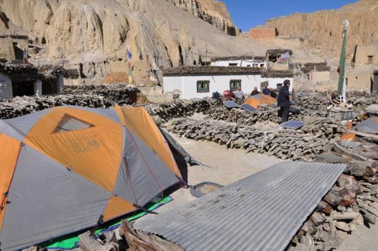 Camping sur les toits à Dhigaon