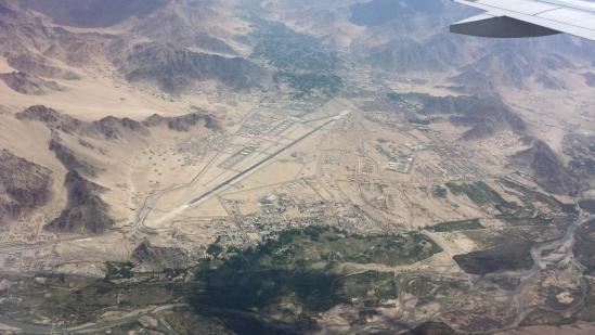En phase d'atterrissage à Leh