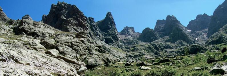Dans la descente vers haut Asco sous le Capu Larghia