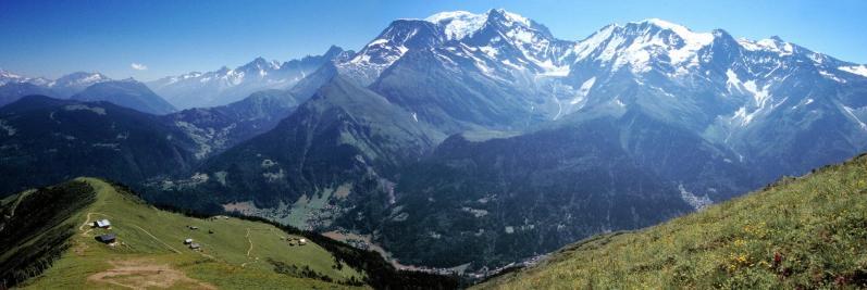 Le Mont-Blanc vu des crêtes du Mont-Joly
