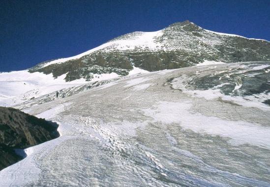 Dans la traversée du glacier au pied de l'Albaron