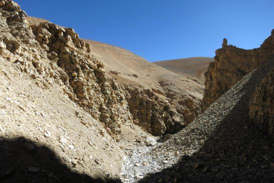 La suite du canyon : Petra à 5200m...