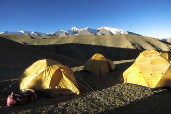 Camp sur le plateau : il y a pire comme panorama...