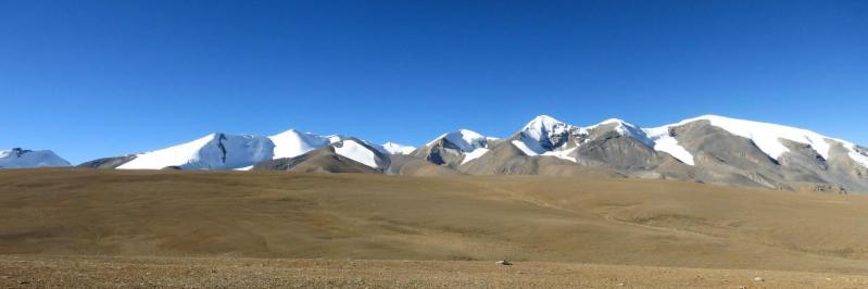 Le Damodar himal comme on ne peut pas le rater lors de la traversée des plateaux