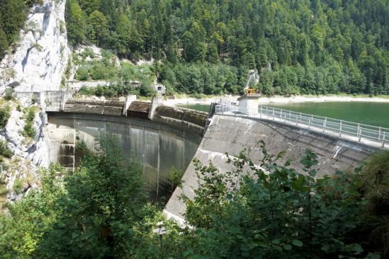 Le barrage franco-suisse du Châtelot