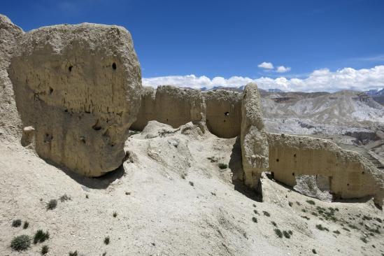 Visite du fort qui fait face à Lo Monthang