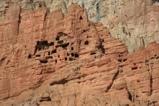 Les falaises rouges de Dhakmar