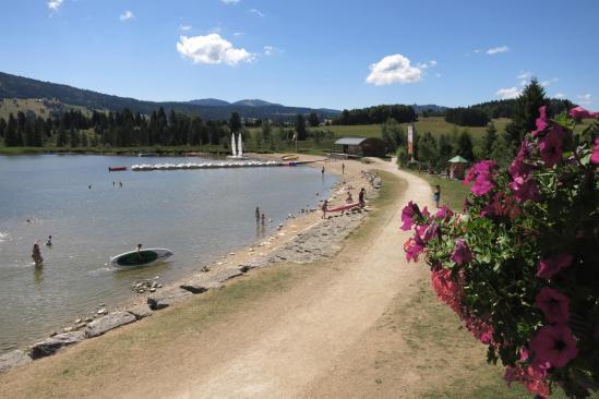 Le lac des Rousses côté baignade...