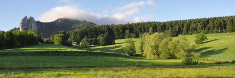 Les 3 Pucelles vues depuis La Rochetière