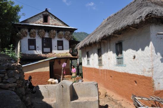 Le village de Mecche pauwa sur la Timal danda