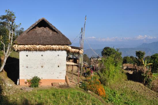 Langtang Lirun et Dorje Lakpa comme on les voit au matin depuis Dongme
