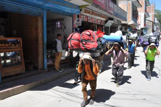 Beni : l'équipe de la kora du Dhaulagiri se met en branle...