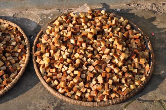 Cubes de fromage séché de la région du Kangchenjunga