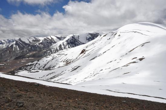 passage au-dessus du Surichun La à 5655m