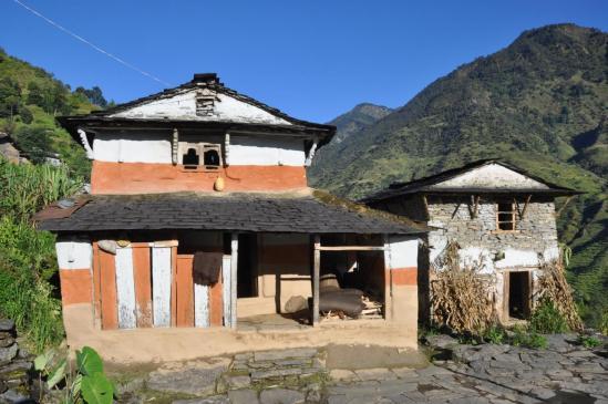 Maison gurung à Muna