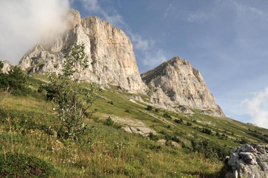 Entre le col de l'Arzelier et le col Vert, on passe sous les Deux Soeurs, Agathe et Sophie