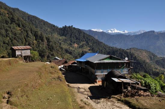 Lali kharka et le massif du Kangchenjunga
