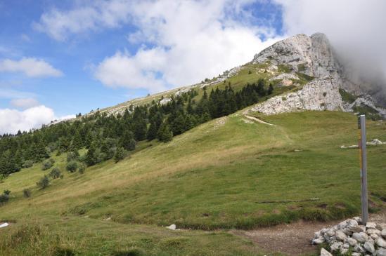 Le col de l'Arc et derrière le Roc Saint-Michel