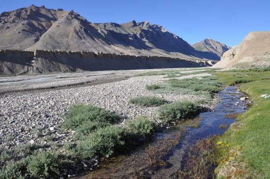 La fin du trek se situe sur la rive opposée de la Yunam Chu