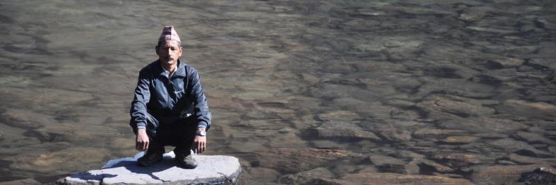 Dal Bahadur Gurung au lac de Jata pokhari