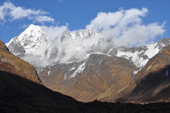 Depuis Thare kharka, le fond de vallée fermé par le Bigphera Go Nup