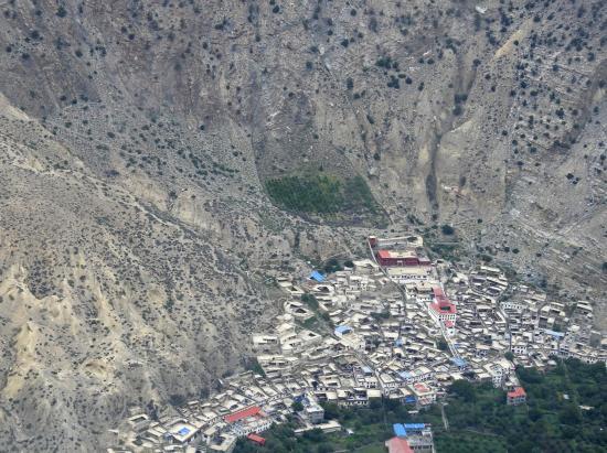 Le village de Marpha vu d'avion