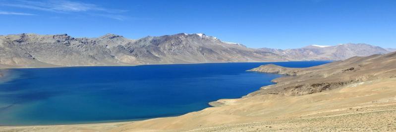 Le lac du Tsomo Riri comme vu d'avion depuis le col du Norbu La