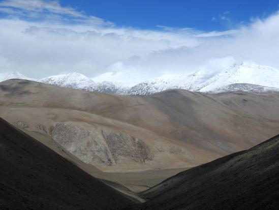 Au camp de la confluence, on domine le plateau de Rajun Karu